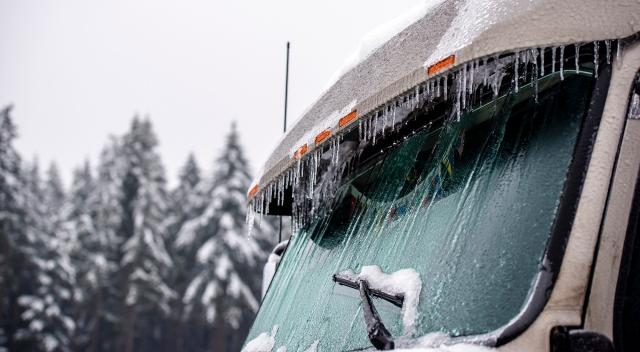 Top Three Ways Technology Can Help You Navigate Winter Weather Driving
